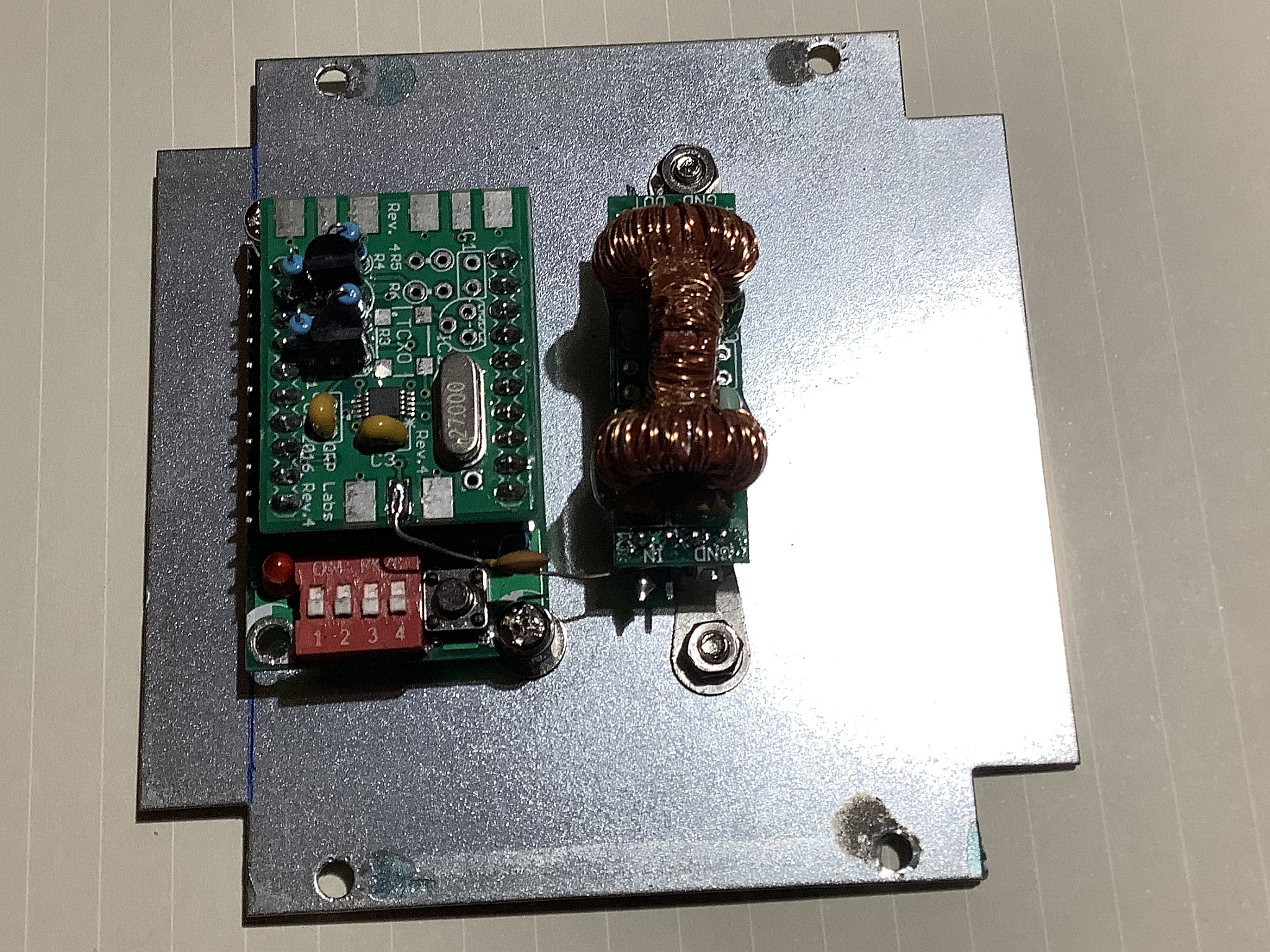 Prog Rock & Low Pass Filter mounted on VFO cover